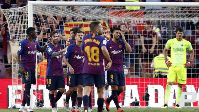 FC Barcelona players celebrate.