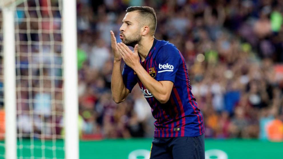 Jordi Alba celebra el 7-2 contra el Huesca.