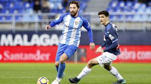 Iturra y Gerard Moreno, en un partido de la temporada pasada.