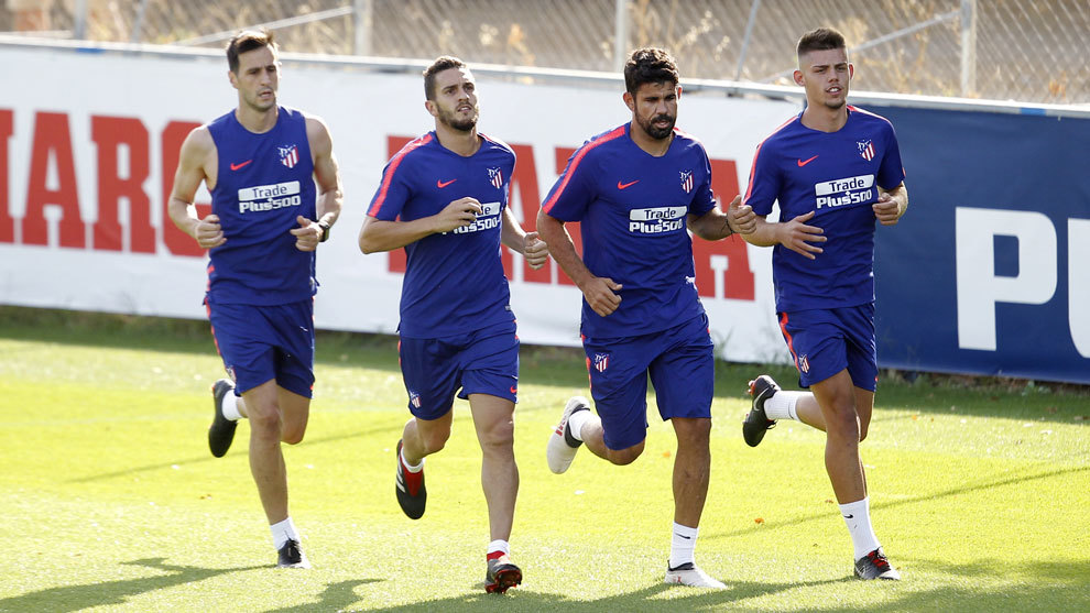 Diego Costa trains with Atletico