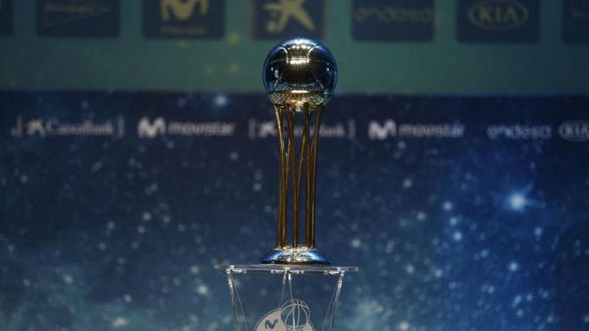 El trofeo de la Copa del Rey de 2018 en su presentación