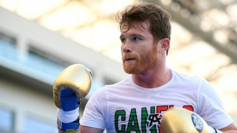 "Saúl ""Canelo"" Álvarez se prepara para la gran pelea del 15 de..."