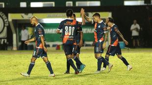 Puebla celebra su triunfo ante Venados