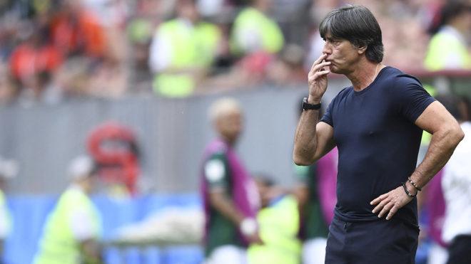 Joachim Löw lamentó haber iniciado la defensa del título con una...