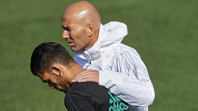 Dani Ceballos and Zinedine Zidane.