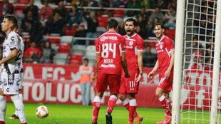 Adrián Mora celebra su gol ante Xolos