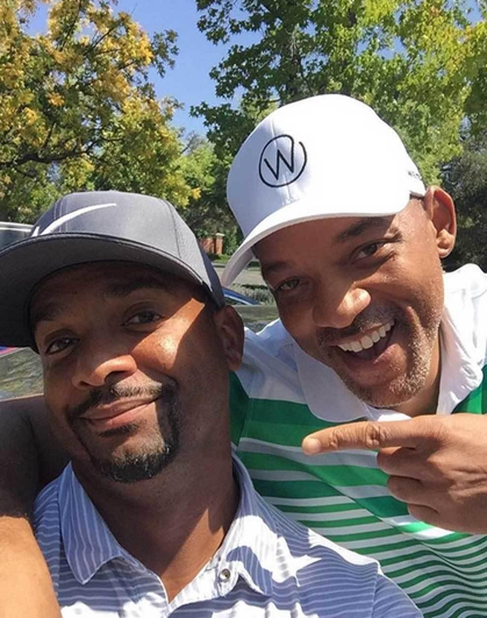 Will Smith y Alfonso Ribeiro jugando a golf
