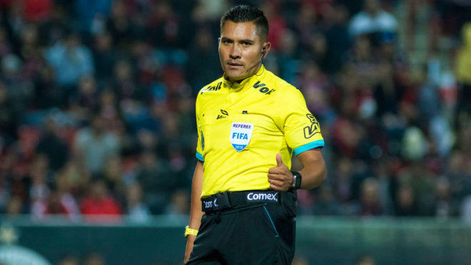 Guerrero, en acción en la Liga MX.