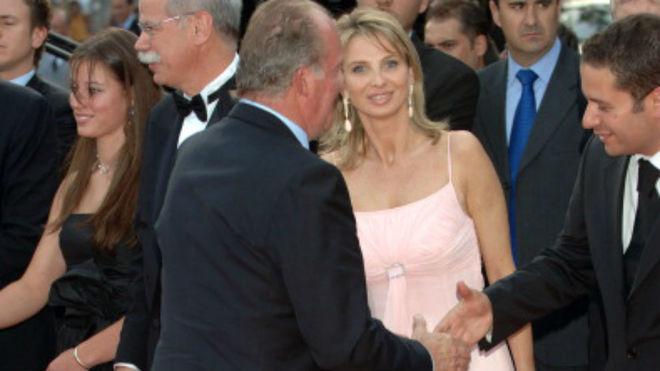 La Fiscalía exime al rey Juan Carlos de los hechos revelados por...