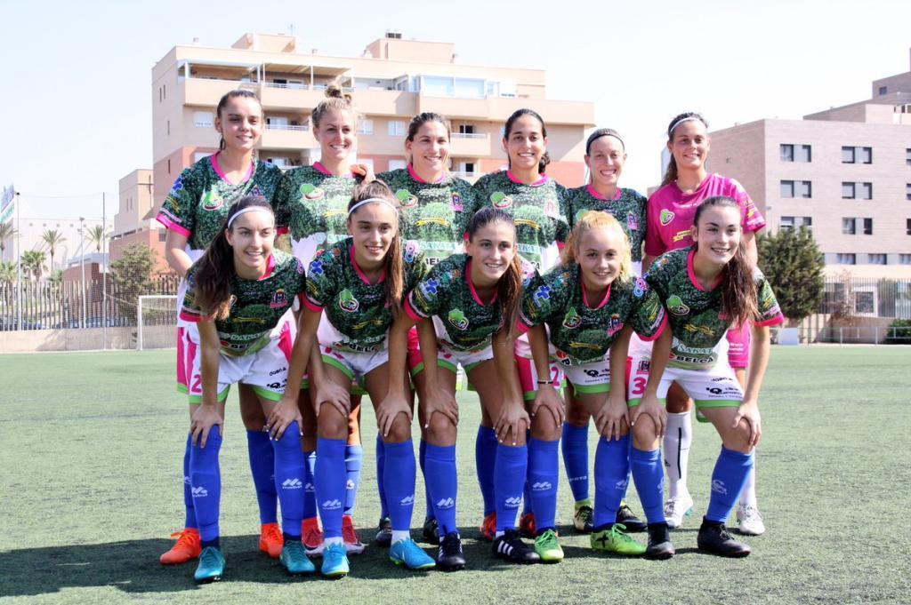 Once inicial del Lorca Féminas en un partido de pretemporada.