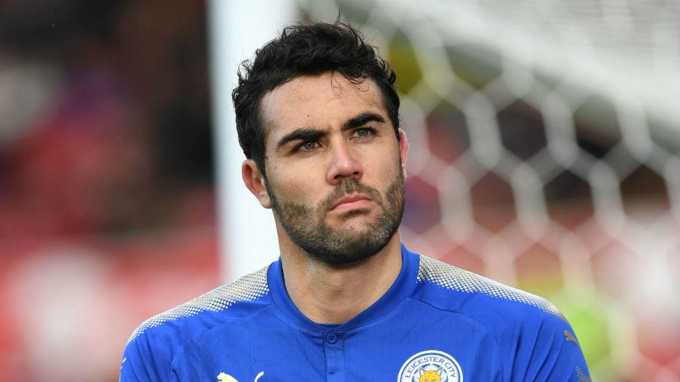 Vicente Iborra (30), en un partido con el Leicester.