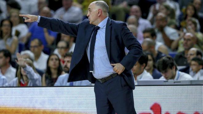 Pablo Laso dirigiendo al Real Madrid en la Final ACB 2018