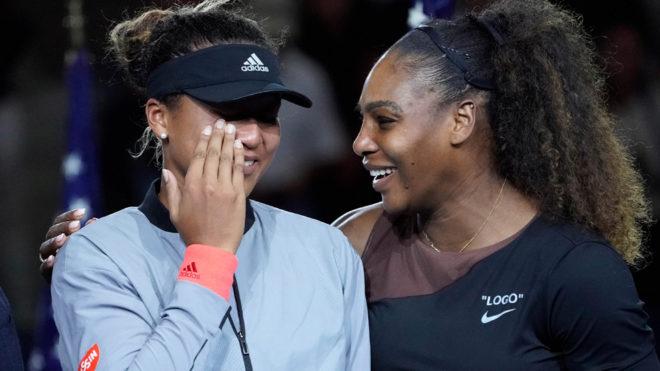 Naomi Osaka llora tras el triunfo sobre Serena Williams