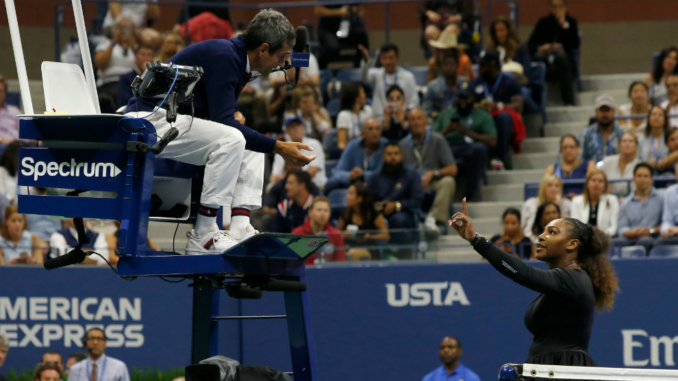 Serena Williams argues with chair umpire Carlos Ramos.