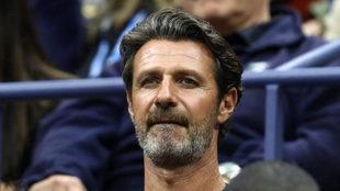 Patrick Mouratoglou, entrenador de Serena Williams, en la grada...