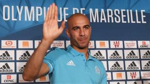 Abdennour durante su presentación con el Olympique de Marsella en...