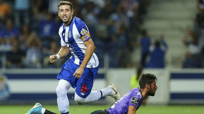 Héctor Herrera celebra el tanto anotado al Moreirense