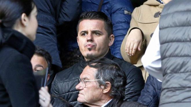 Goran Vlaovic viendo un Valencia Celta.