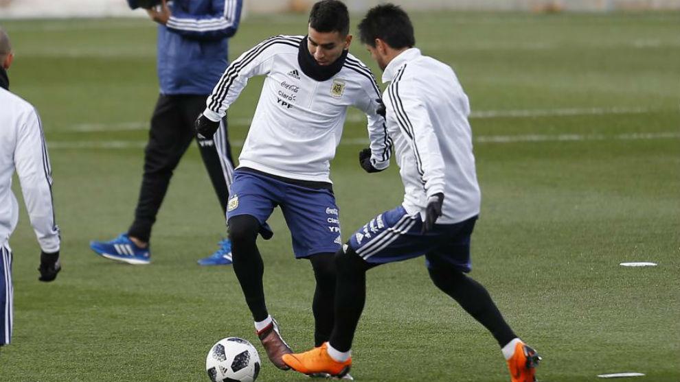 Correa, en un entrenamiento con Argentina.