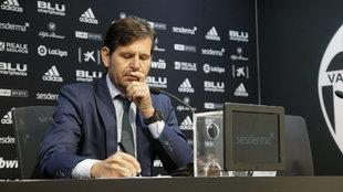 Mateu Alemany, durante la rueda de prensa que ha ofrecido en Mestalla.