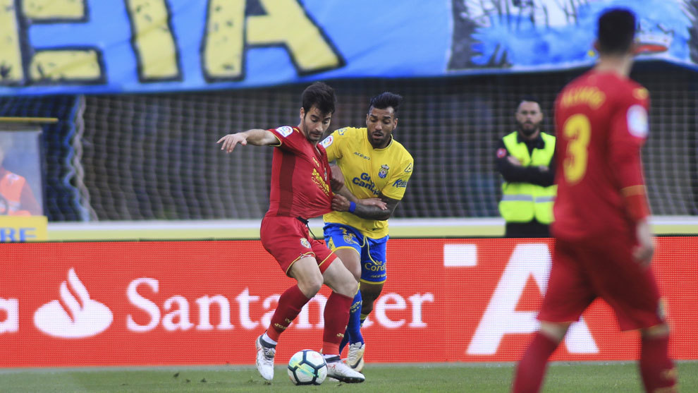 Michel Macedo en un partido con la UD Las Palmas.