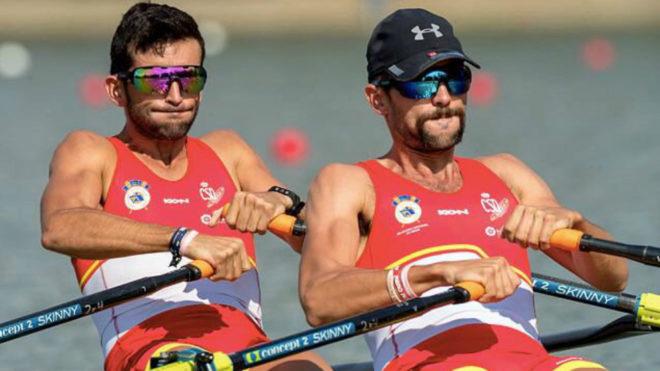 Patricio Rojas y Rodrigo Conde durante una de sus regatas en el...