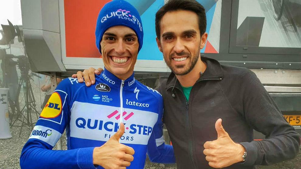 Enric Mas y Alberto Contador en el Balcón de Vizcaya.