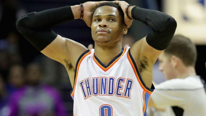 Peligra el inicio de temporada para Russell Westbrook