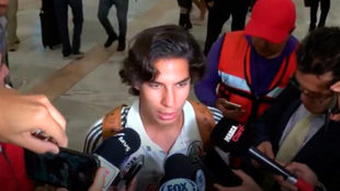 Diego Lainez a su llegada a la Ciudad de México