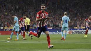 Saúl celebra un gol ante el Barcelona en el Wanda Metropolitano.