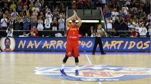 Navarro, homenajeado el día que superó el récord de...