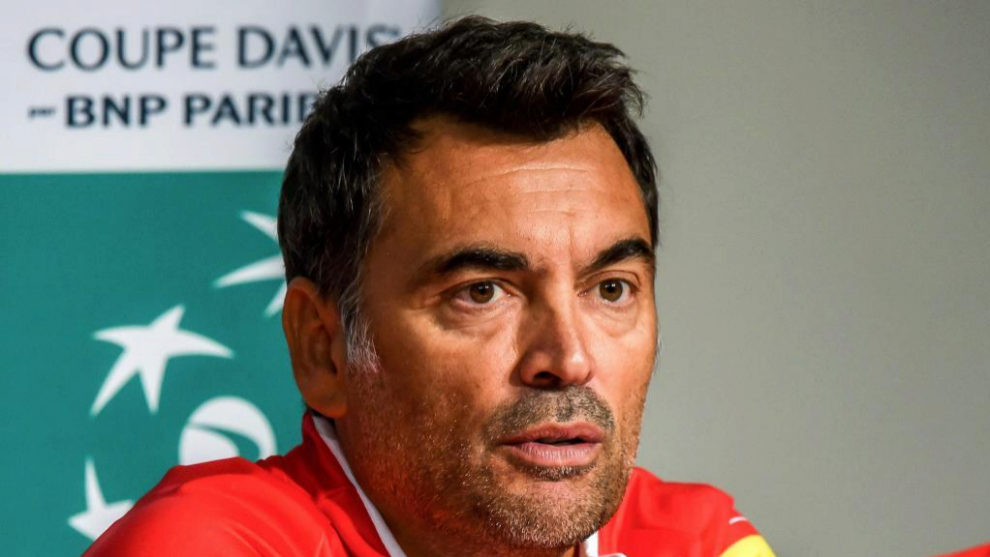 Sergi Bruguera en la rueda de prensa previa a la Copa Davis.