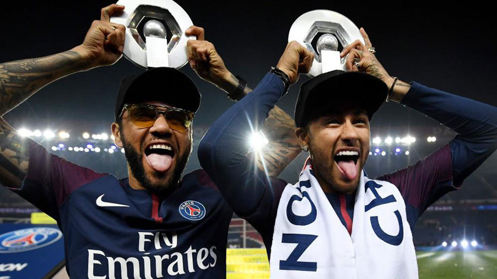 PSG drub St Etienne; Lyon and Caen play draw