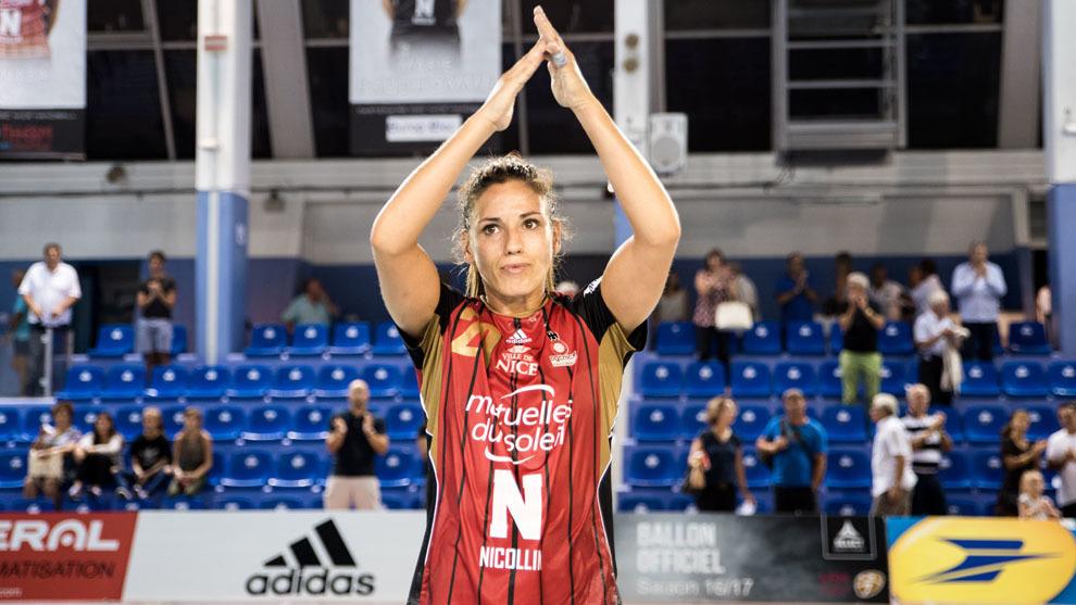 Carmen Martín tras un partido con el OGC Nice