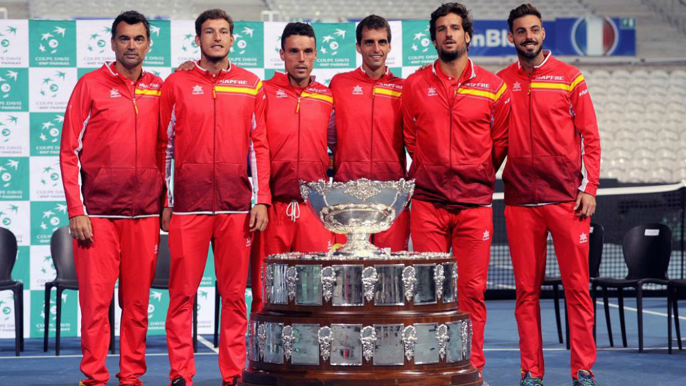 Equipo español de Copa Davis antes de las semifinales ante Francia