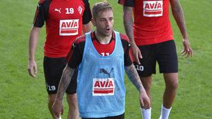 Rubén Peña, en un entrenamiento con el Eibar.