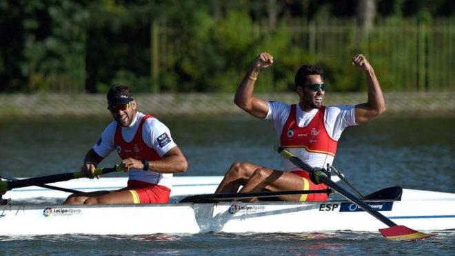 Javier García y Jaime Canalejo celebran su clasificación a la final.