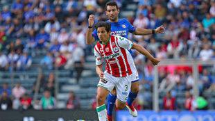 Fernández y Cauteruccio se verán las caras este sábado.