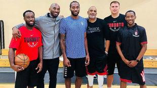 Kawhi Leonard participó en un entrenamiento con Kobe Bryant