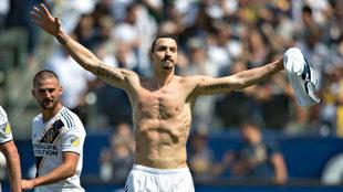 Zlatan Ibrahimovic. celebra un gol en la MLS