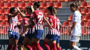 Las jugadoras del Atlético de Madrid celebran un gol en Majadahonda.