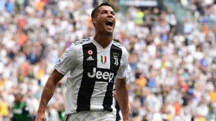 Cristiano Ronaldo celebra su primer gol con la Juventus.
