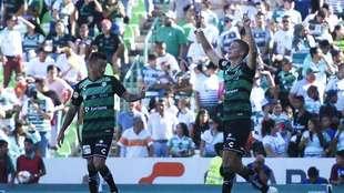 Furch celebra su anotación en contra del León.