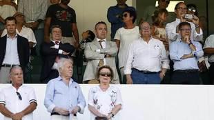 El presidente Diego García, en el palco del Martínez Valero en el...