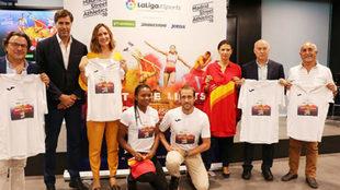 Foto de familia de la presentación del 'Madrid Street...