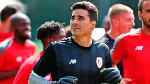Ochoa debutará en la Europa League este jueves ante el Sevilla
