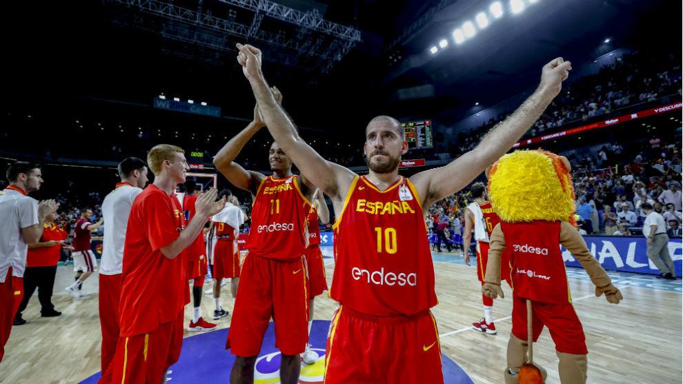 Quino Colom celebra el triunfo ante Letonia.