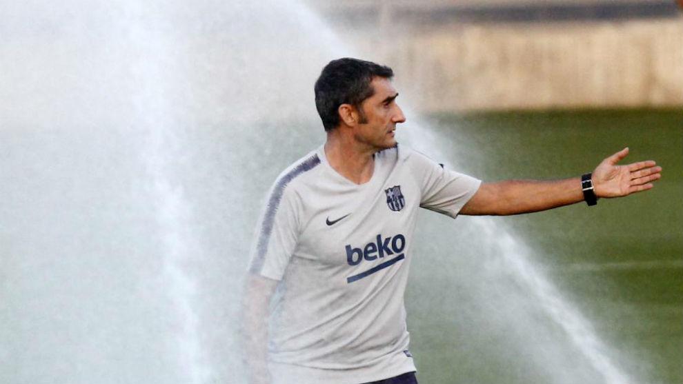 Valverde, sobre el césped de la Ciudad Deportiva.