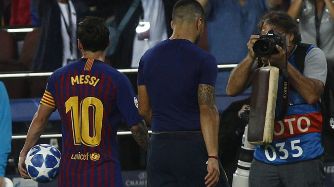 hot sale online f7261 43f39 Barcelona vs PSV: Messi moves ahead of Ronaldo as king of ...