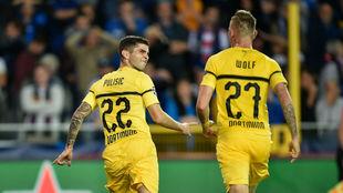 Pulisic celebra su gol con Wolf.